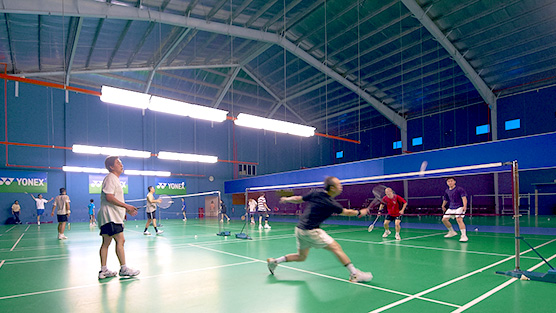 spuddy indoor badminton court